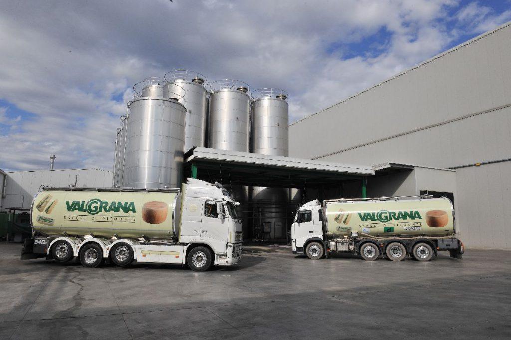 Camion trasporto latte Valgrana