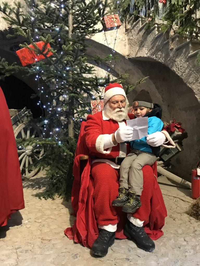 Un'immagine della scorsa edizione dei Mercatini di Natale a Vinadio