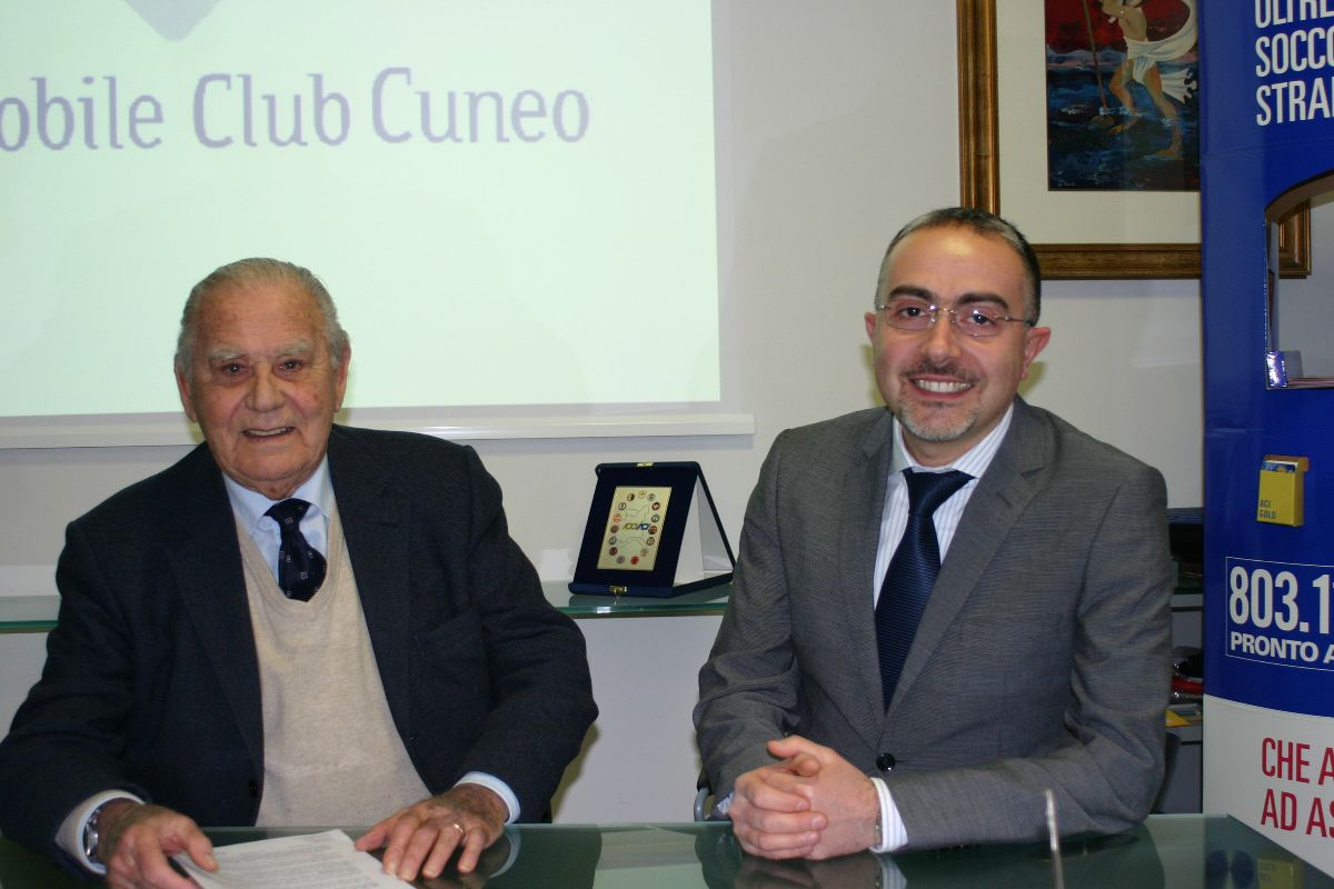 Il presidente dell'Aci Cuneo Brunello Olivero con il direttore Giuseppe De Masi