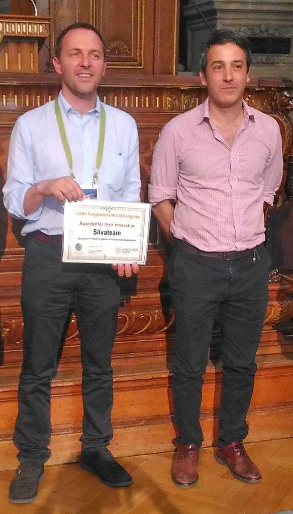 Da sinistra: Samuele Giovando, Direttore Ricerca & Sviluppo Silvateam e a il professor Mariano E. Fernandez Miyakawa, ricercatore presso il CONICET (Consiglio Nazionale di Ricerca Scientifica e Tecnica) in Argentina