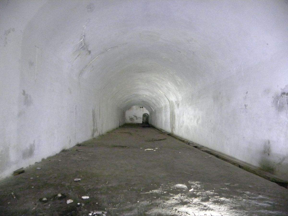 La Caverna Comando del Forte illuminata e messa in sicurezza