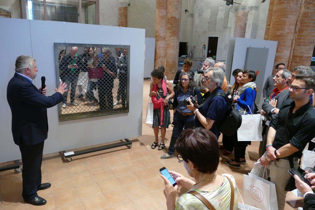 """Un'immagine della mostra """"Io non amo la natura"""" allestita lo scorso anno nell'ex Chiesa di San Francesco"""